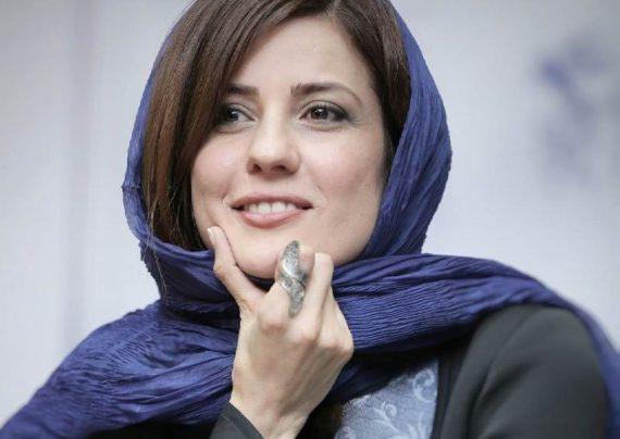 عکس های لاکچری سارا بهرامی در پردیس باغ کتاب تهران