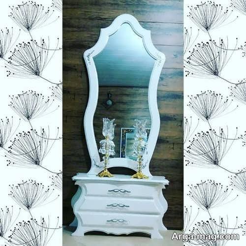 آینه و شمعدان چوبی