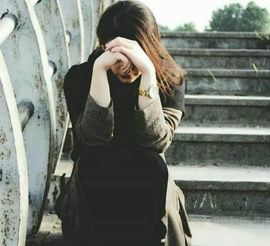 عکس دختر غمگین بدون متن