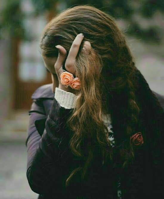 عکس دخترانه غمگین بدون متن