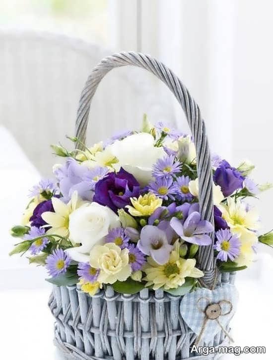 سبد گل با تزیینات متنوع