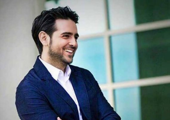 لبخند زیبای امیر حسین آرمان