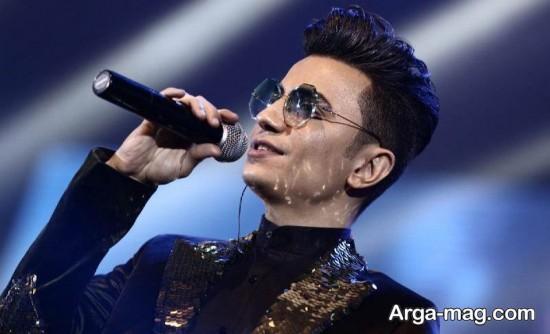 محسن ابراهیم زاده با عینک زیبا