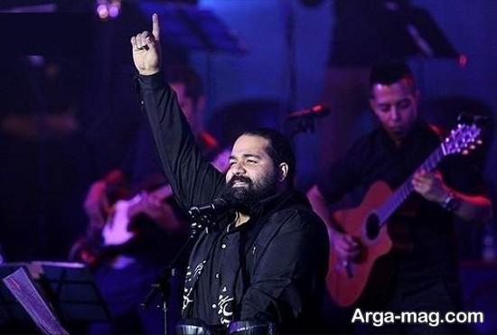 رضا صادقی در کنسرت هایش