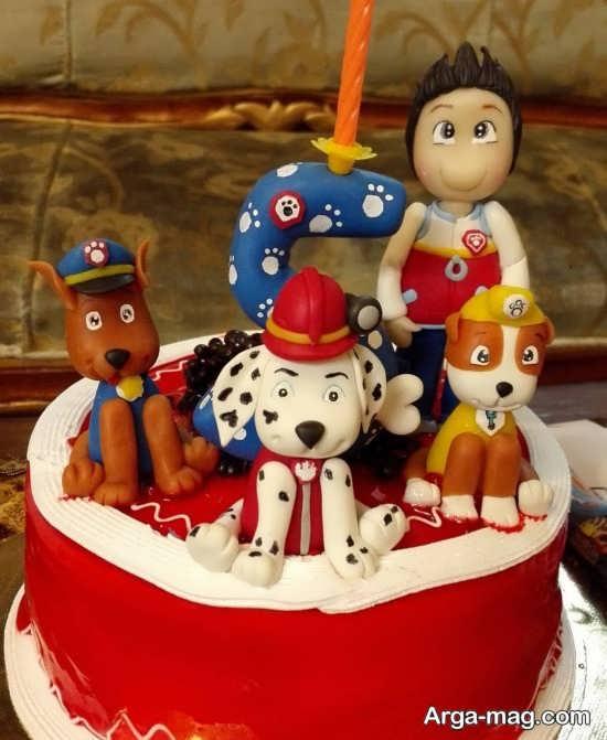 کیک با تزیینات جالب برای تم تولد امروزی