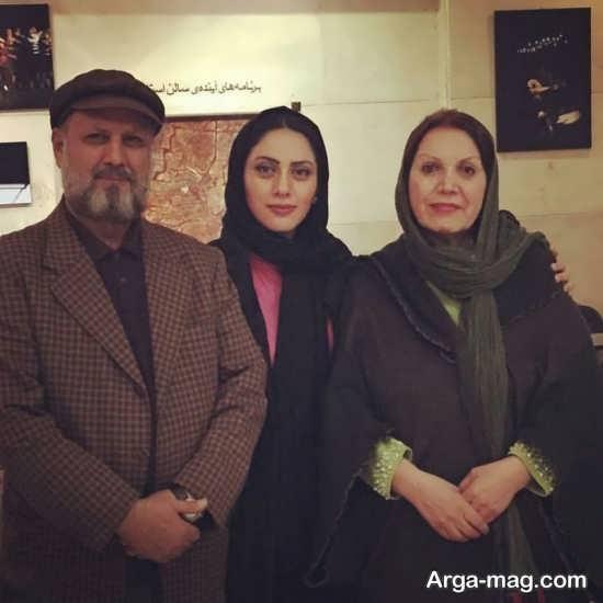 عکس های خانوادگی مونا فرجاد
