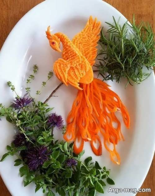 تزیین کردن هویج به شکل طاووس