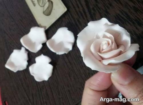 مراحل ساخت گل با خمیر