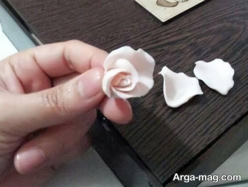 گلسازی با کمک خمیر گل چینی