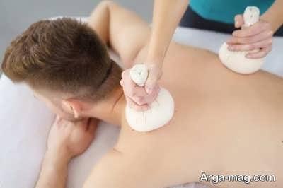 کمپرس یخ برای درمان گرفتگی عضلات کمر