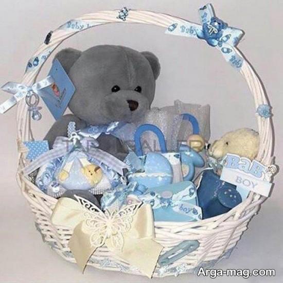 تزیین عروسک برای نوزاد