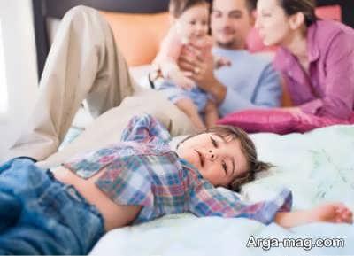 خبر بارداری و مشکلات عاطفی فرزند اول