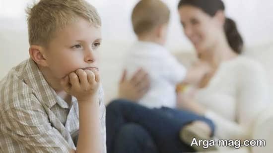 حسادت فرزند خود را کنترل کنید