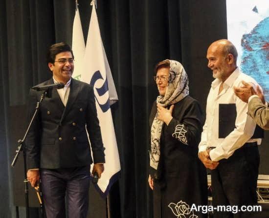 جمشید هاشم پور برنده جایزه بهترین نقش مکمل مرد