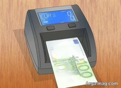 استفاده از مادن قرمز و ماورا بنفش برای یورو تقلبی