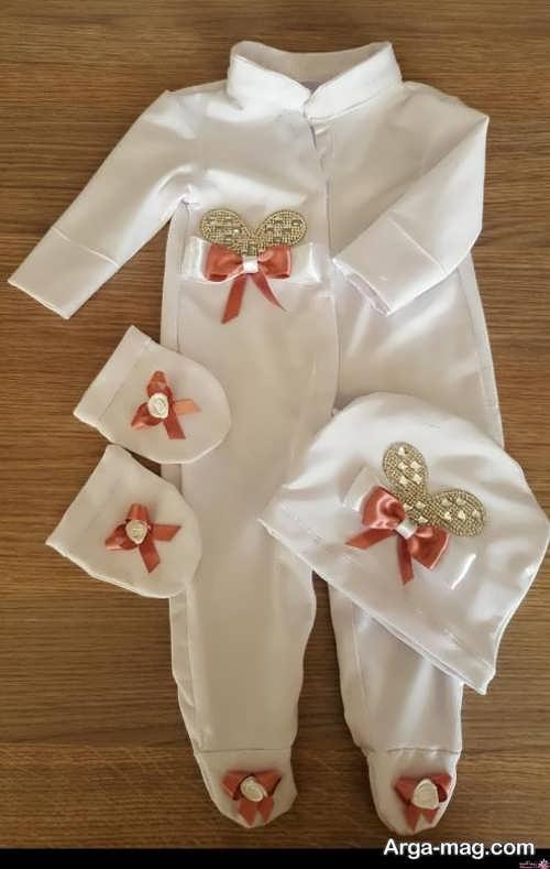 تزیین ساده لباس نوزاد