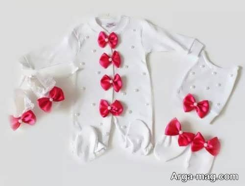 تزیین زیبا لباس نوزاد