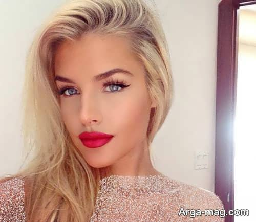 مدل آرایش صورت زیبا با موی بلوند