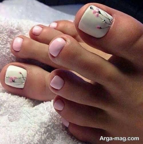 [تصویر:  Foot-nail-design-16.jpg]