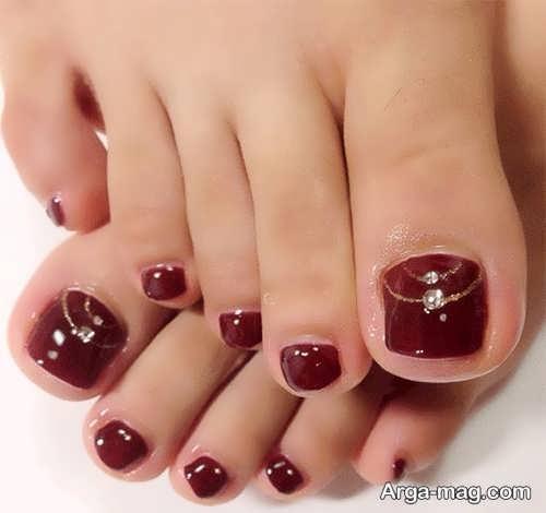 طراحی زیبا ناخن پا