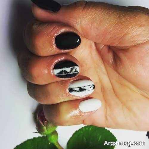 [تصویر:  Nail-design-24.jpg]