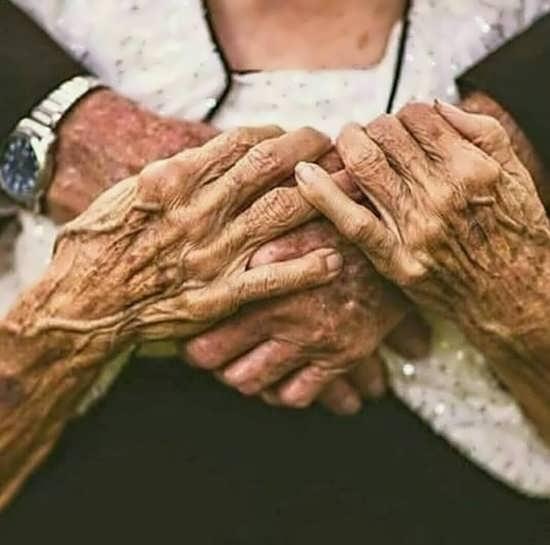 عکس برای افراد میانسال با مضمون عاشقانه