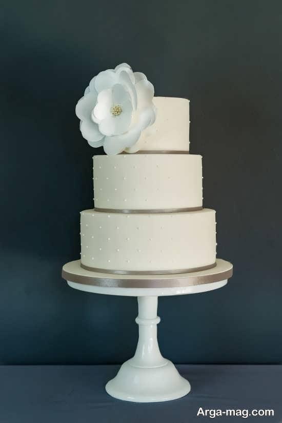 کیک عروسی گرد