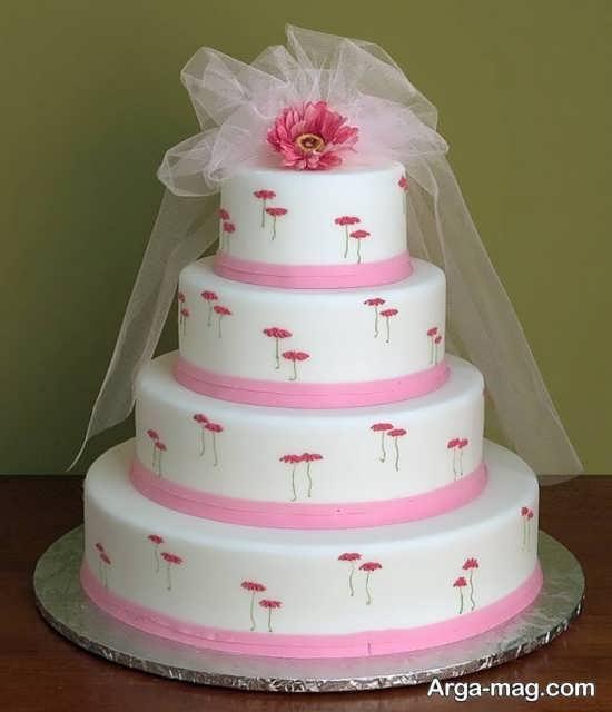 کیک عروسی با تزیین ساده
