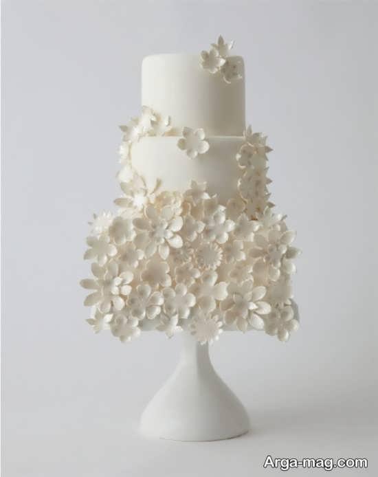 [تصویر:  Wedding-Cake-Model-8.jpg]