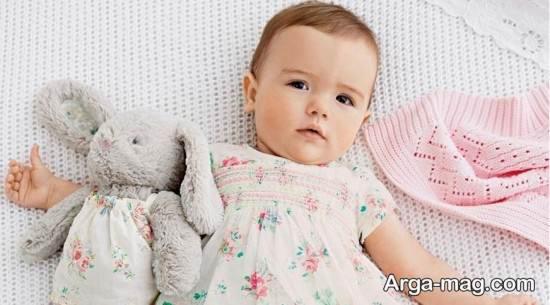 عکس دختر بچه در آتلیه