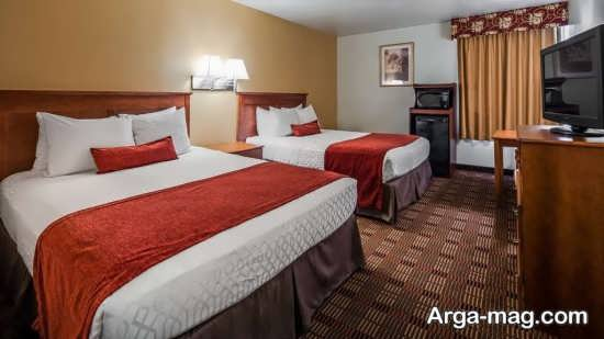 دکوراسیون اتاق خواب با دو تخت