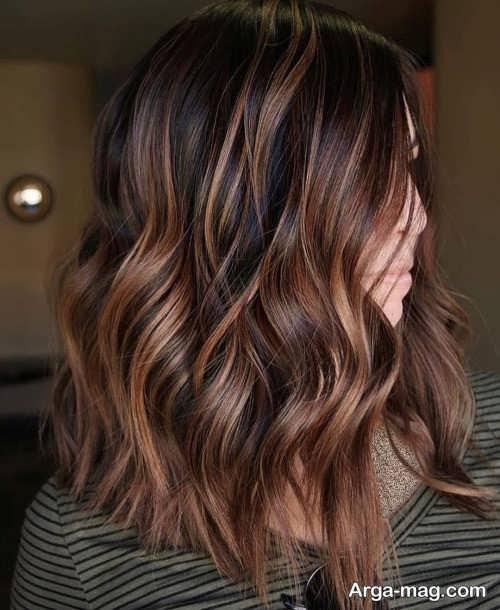 رنگ مو مسی شکلاتی با هایلایت