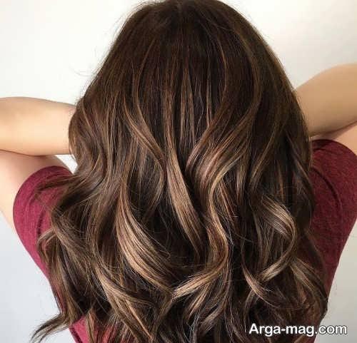 رنگ مو تنباکویی همراه با هایلایت