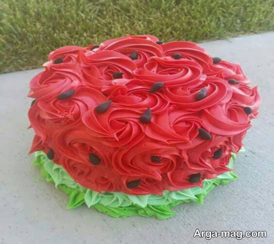 جدیدترین ایده ها برای تزیین کیک شب یلدا