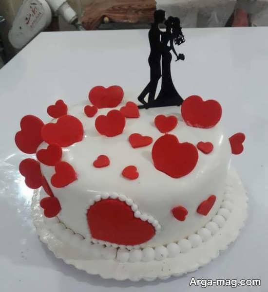 دیزاین شیک کیک تولد عاشقانه