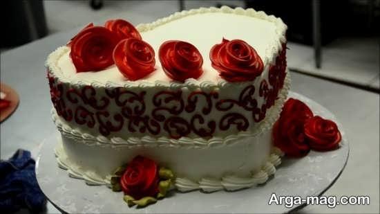 تزئین کیک تولد عاشقانه
