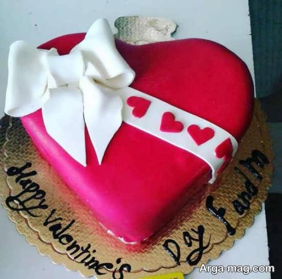 تزیین کیک عاشقانه برای تولد