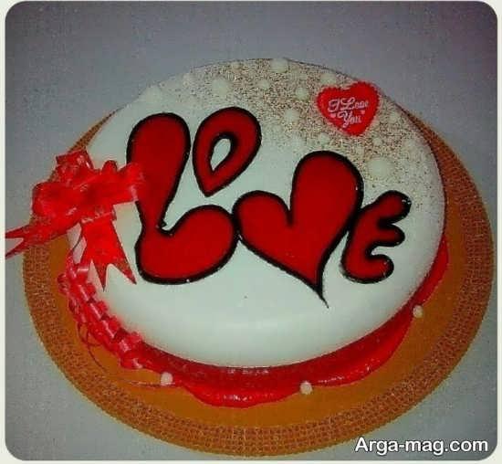 تزیین جذاب کیک تولد عاشقانه