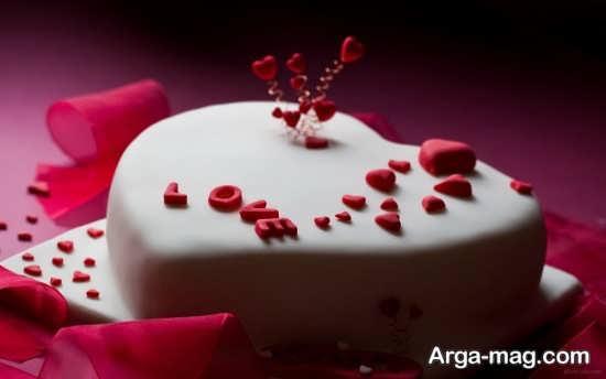 تزیین زیبای کیک تولد عاشقانه