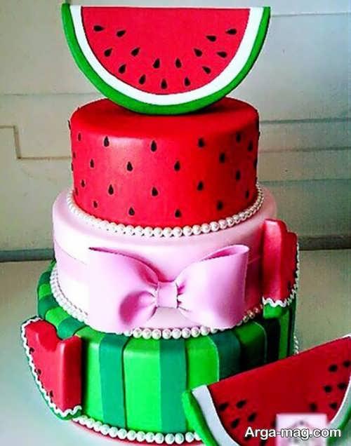 تزیین کیک مخصوص شب یلدا
