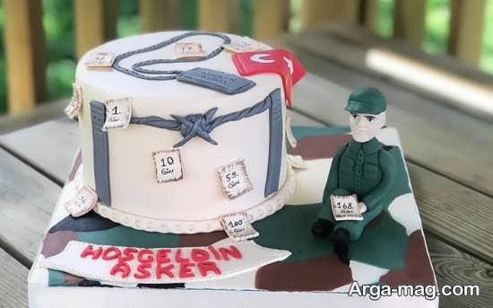 تزیین هنرمندانه کیک تولد مردانه