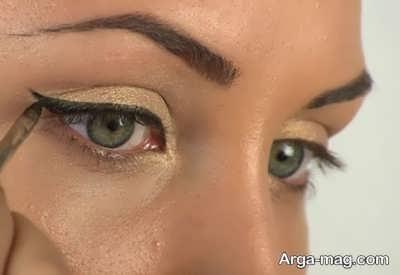 کشیدن خط چشم برای چشم های گود