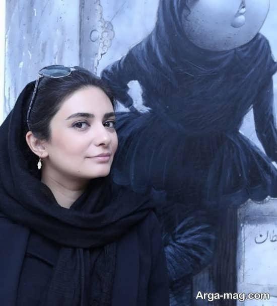 حضور لیندا کیانی در نمایشگاه بزرگمهر حسین پور