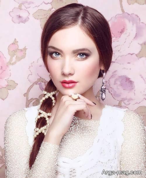 آرایش صورت دخترانه با لباس سفید