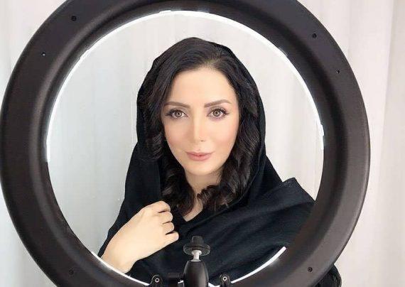 خانم بازیگر با مدل موی کوتاه