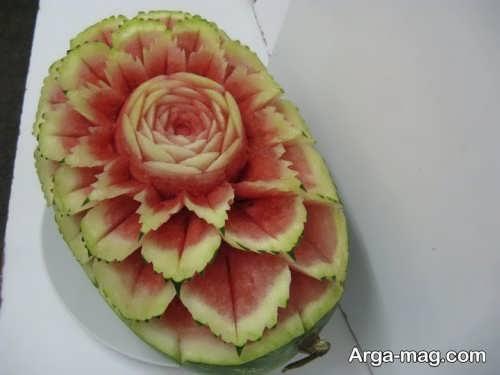 تزیین هندوانه به صورت حکاکی