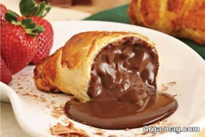 طرز تهیه نان کروسان شکلاتی