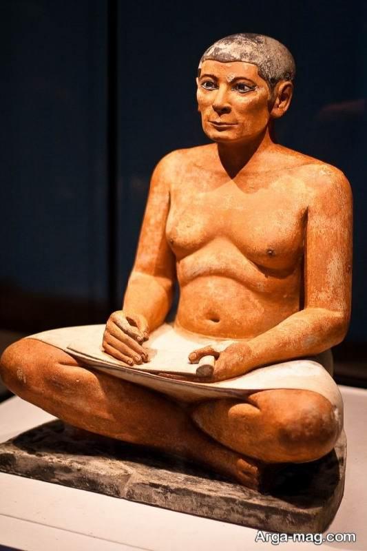 مجسمه مصری در موزه ی لوور
