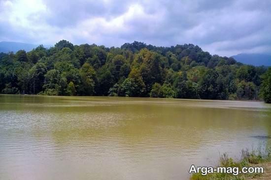 دریاچه معروف نور