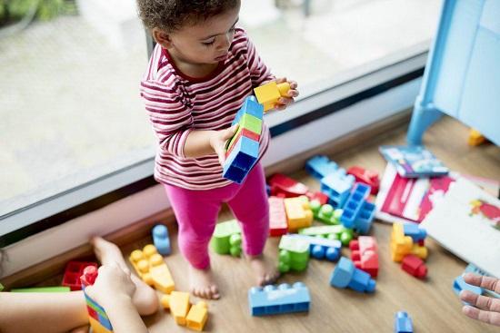 پیدا کردن مهد کودک مناسب برای کودک